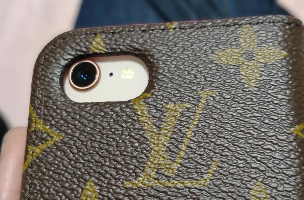 ヴィトンのiPhoneケース