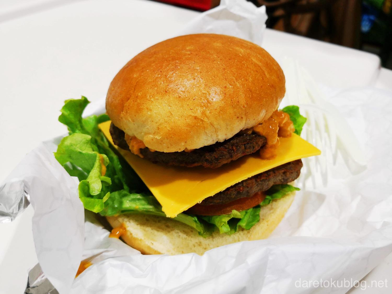 コストコ チーズバーガー