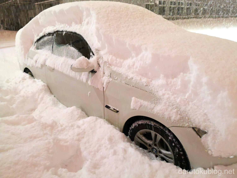 ナンカンを履いた雪に埋もれるE92