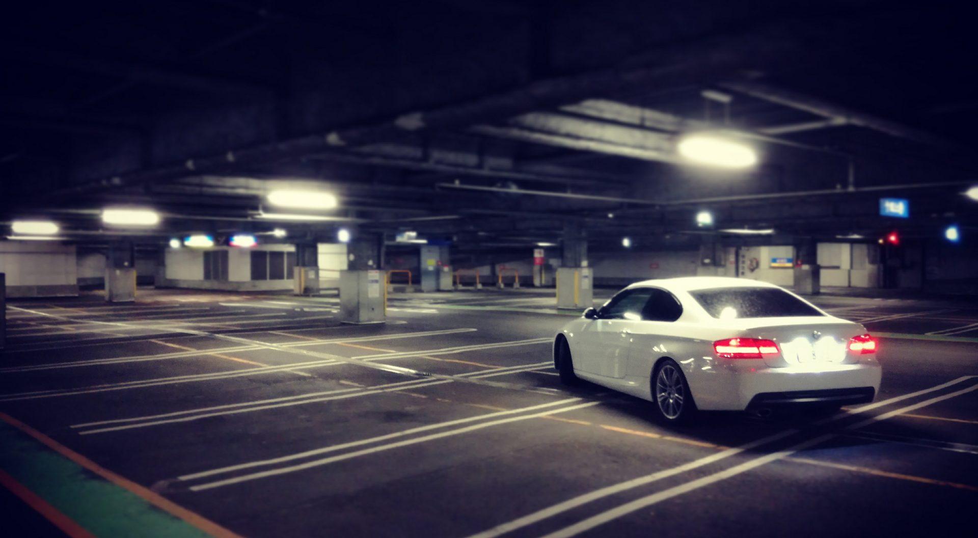 BMWライセンスランプ
